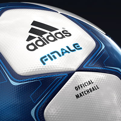 2494 UEFA Champions League Cup Trophy and Finale 11 Match Ball