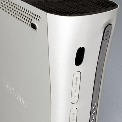 294 Xbox 360 and Controller