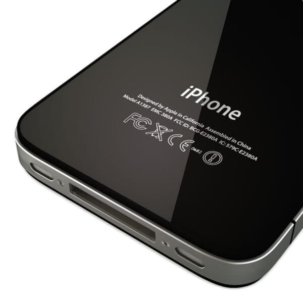 8777 Apple iPhone 4 and iPad 2 with Smart Cover